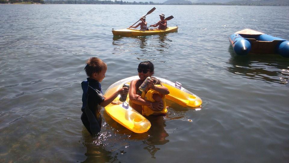 lake como kayak