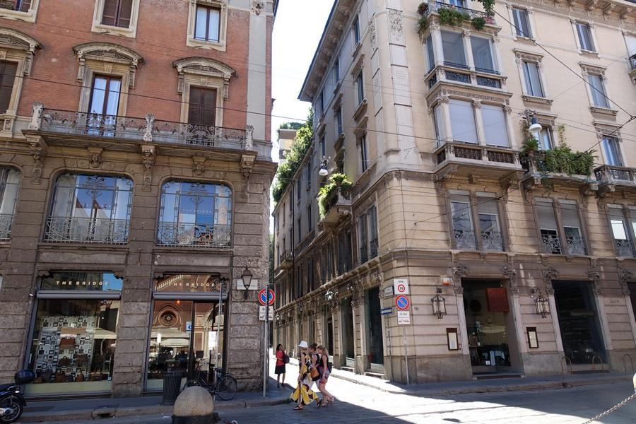 milan street2